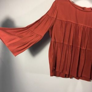 Madewell 3/4 sleeve ruffled button back Blouse